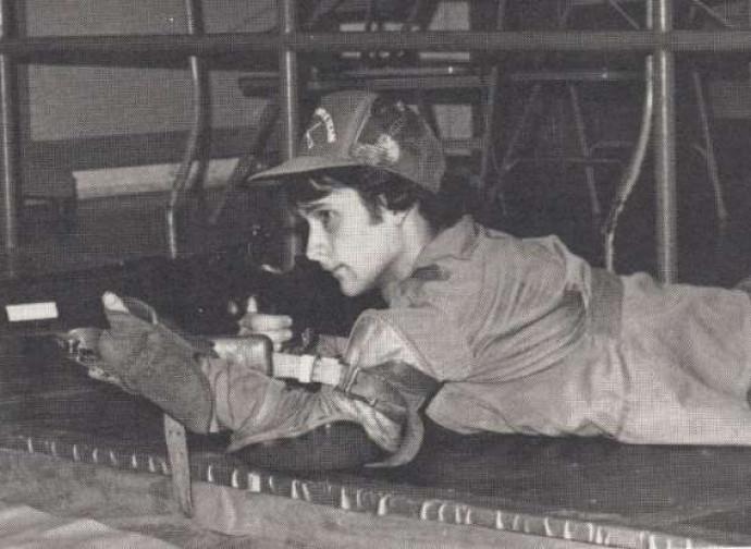 Studente Usa in esercitazione con il suo fucile, negli anni '80