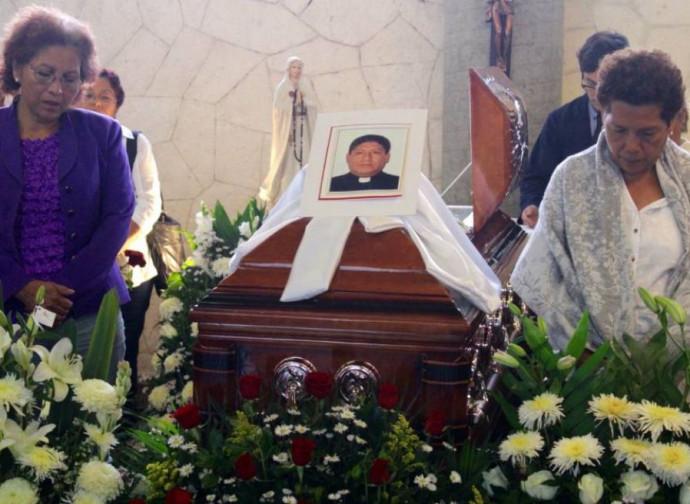 I funerali di don José Martín Guzmán Vega
