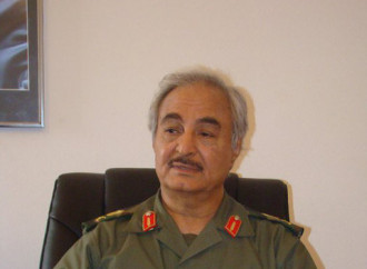 Libia: Haftar, persa Tripoli, tenta il golpe in Cirenaica