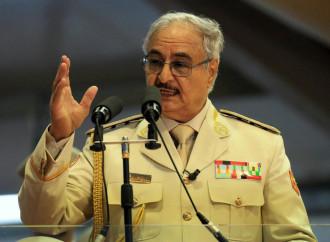 "Haftar minaccia l'Italia: guai a chi ""invade"" la Libia"