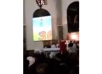 Nuove idolatrie, Higuain adorato a messa