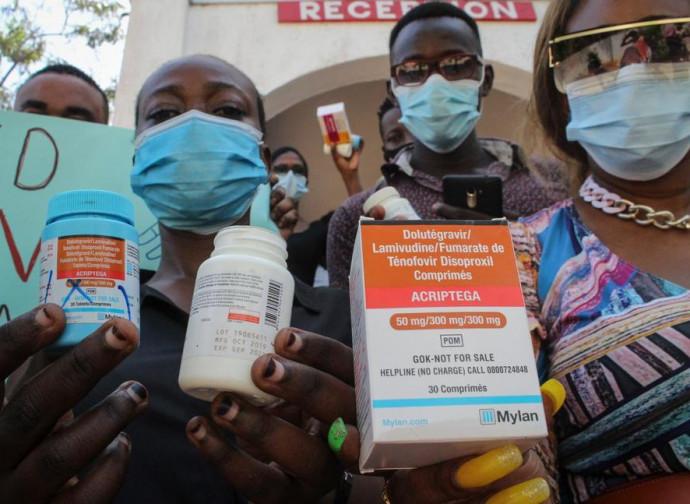 Kenya, la protesta per i farmaci anti-retrovirali