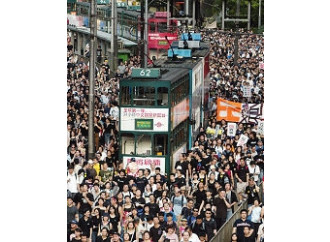 La Cina teme la piccola Hong Kong
