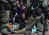 Hong Kong, torture cinesi dietro una facciata pulita