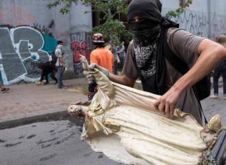 """Cile allo sbando, rivoluzione come """"sacramento"""""""