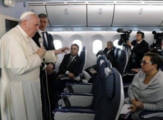 Il Papa: «No al possesso di armi nucleari entri nel Catechismo»