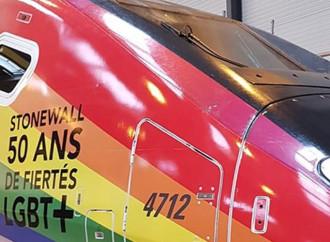 Francia, eccovi il treno arcobaleno