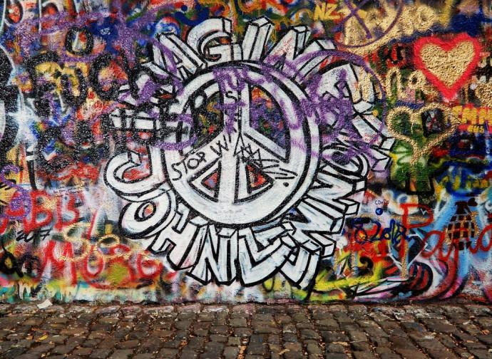 Murales dedicato a Imagine di John Lennon