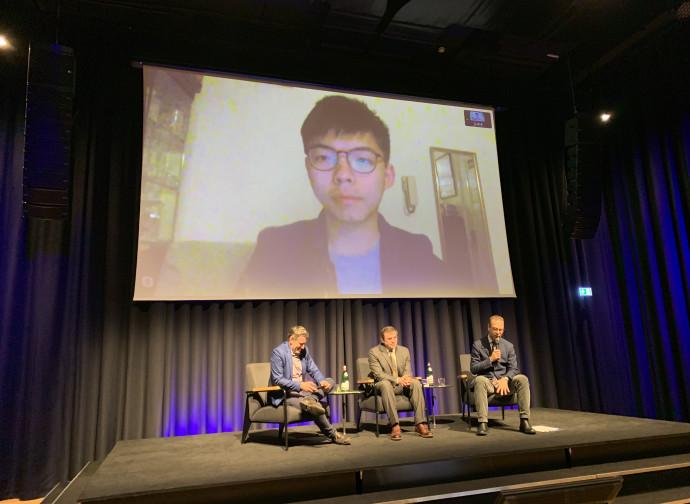Joshua Wong, in collegamento video a Milano, Fondazione Feltrinelli