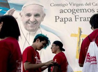 """Aborto, convitato di pietra di una visita papale """"ingabbiata"""""""