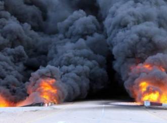 Gli attentati in Libia rafforzano l'Isis e gli Emirati