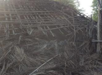 Devastate le case di tre famiglie cristiane che hanno rifiutato di abiurare