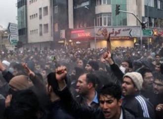 Iran, il popolo si ribella. Nonostante gli europei
