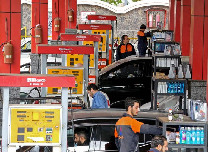 Le sanzioni contro l'Iran colpiscono anche il settore petrolifero