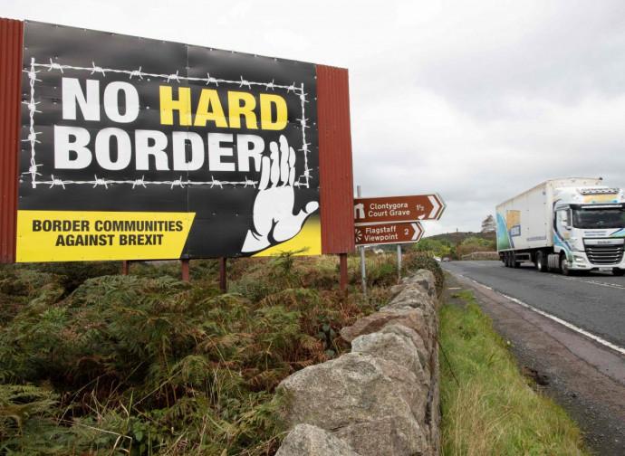 """""""No alla frontiera dura"""" fra Irlanda del Nord e Repubblica di Irlanda"""