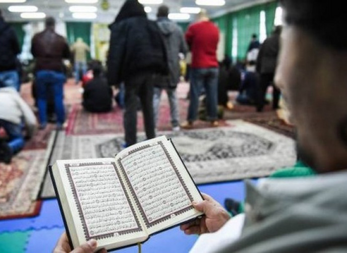 Bloccata la conversione obbligata all'islam