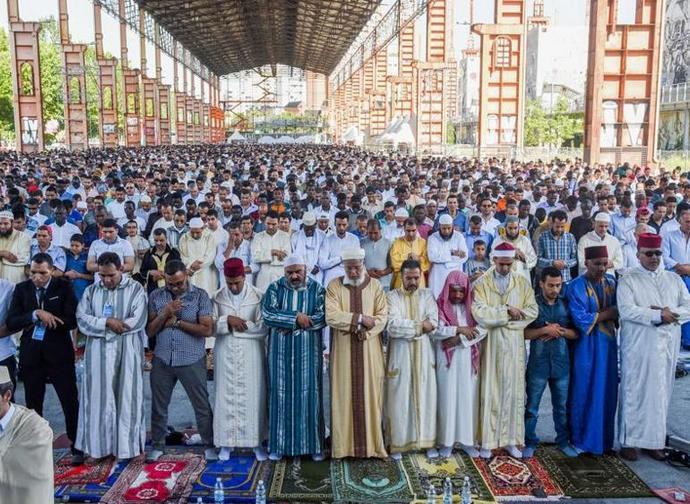 La celebrazione di fine Ramadan a Torino