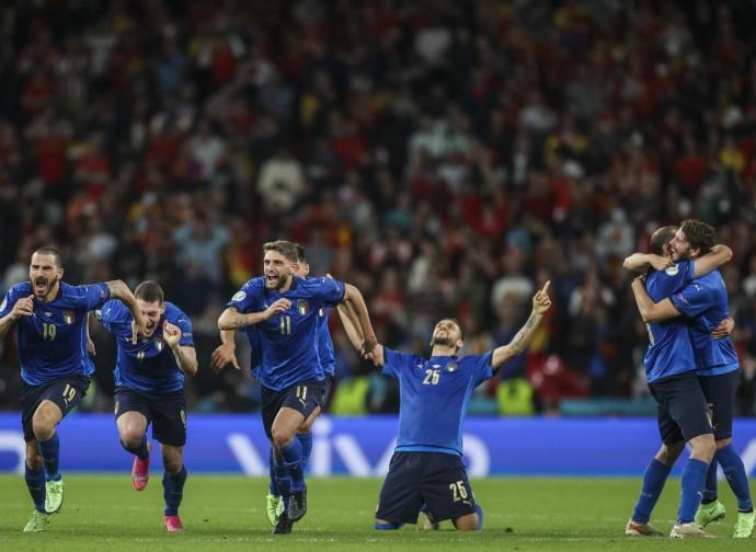 L'Italia festeggia la vittoria sulla Spagna