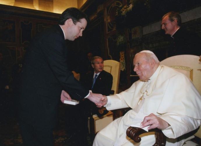 Brett M. Kavanaugh con Giovanni Paolo II