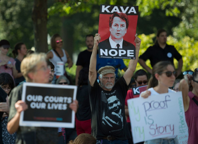 La protesta al Senato dei progressisti contro Kavanaugh
