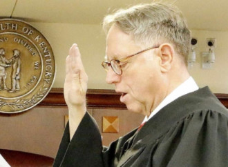 Usa, giudice rimosso perchè contrario alle adozioni gay