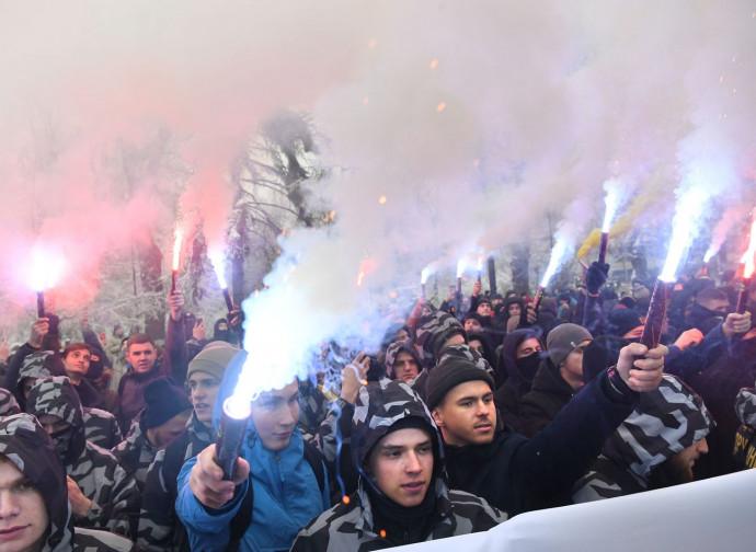 Kiev, proteste anti-russe dopo l'incidente nello stretto di Kerch
