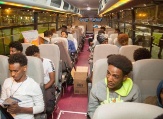 Sono arrivati in Rwanda i primi 64 emigranti provenienti dalla Libia
