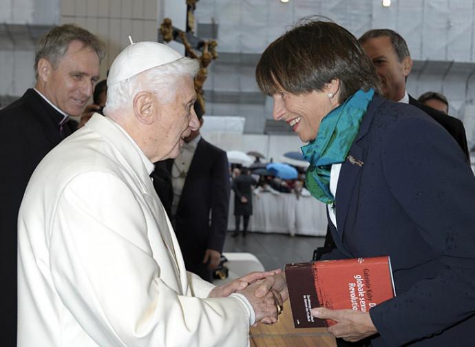 Gabriele Kuby con Benedetto XVI