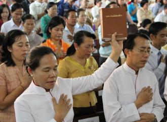 Celebrano il Natale: arrestati 5 cristiani in Laos