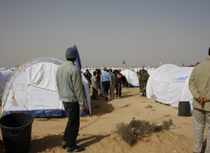Campo di transito dell'Unhcr al confine libico-tunisino