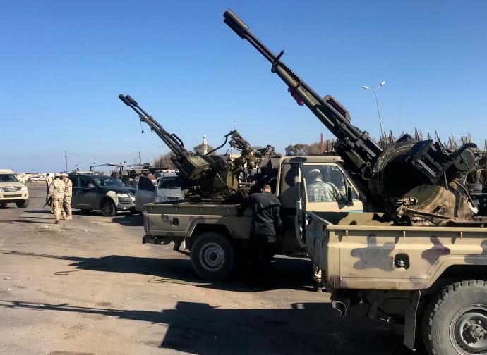 Libia, truppe governative a Tajura