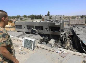Per Tripoli si combatte ancora, il mondo guarda altrove