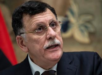 Libia, Sarraj offre una base agli Usa