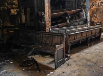 Cile in fiamme: il nemico oscuro e la Chiesa impotente
