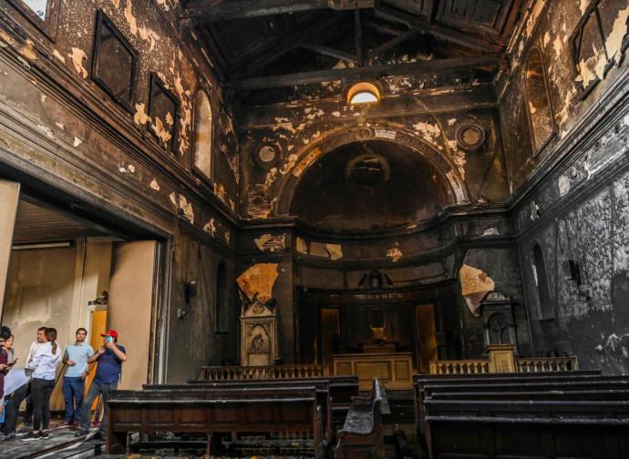 La chiesa della Vera cruz di Santiago dopo il rogo