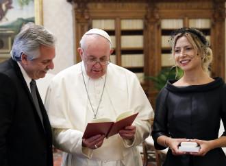 Comunione e aborto: assist papale al peronista abortista