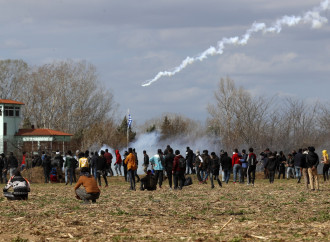 Migranti, l'Ue sostiene la Grecia. Il governo Conte no