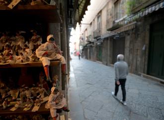 Welfare, mascherine e stop pizzo: Camorra già a domani