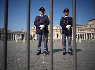 Andare lo stesso a Messa: la Chiesa non tratti con lo Stato
