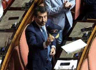 Salvini a processo, la sorte di chi difende i confini