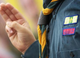 Denuncia la perdita di fede degli scout: espulso