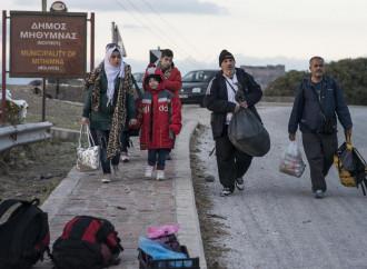 """O la """"borsa"""" o i migranti. Erdogan ricatta l'Europa"""