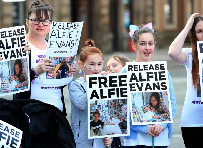 Manifestazione per Alfie