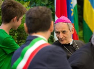 """""""Abbiamo un cardinale"""". Che festa il Pd unito da Zuppi"""