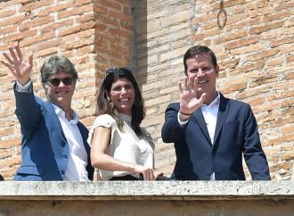 """Abusi in Cile, l'affaire """"scotta"""" nelle mani di Francesco"""