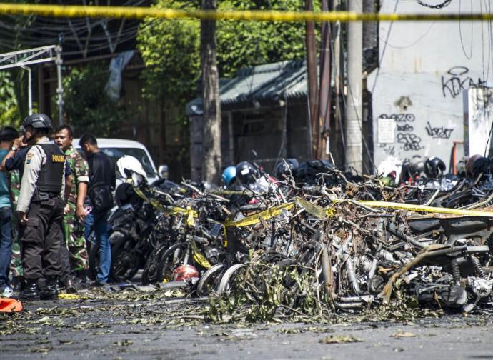 I danni, dopo le bombe esplose in luoghi di detenzione