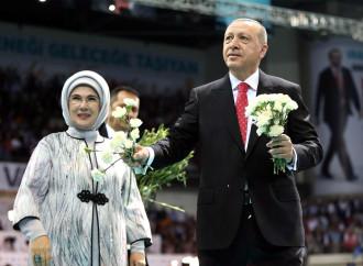 Erdogan-Khomeini, che somiglianze sull'islamizzazione
