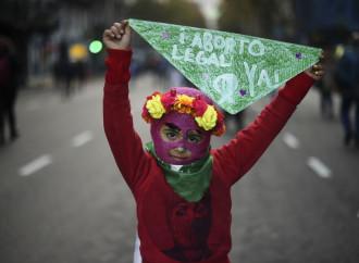 Primo via libera all'aborto, con l'imposizione del FMI