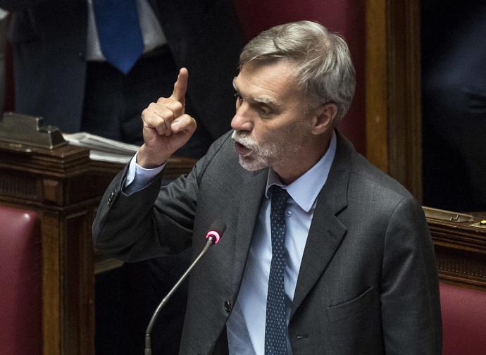 Graziano Delrio rimprovera il premier Conte