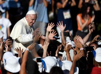 Sogni e testimonianze: il Papa invia i giovani nel mondo